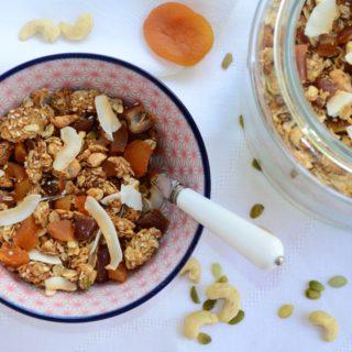 Apricot, Cashew and Coconut Granola