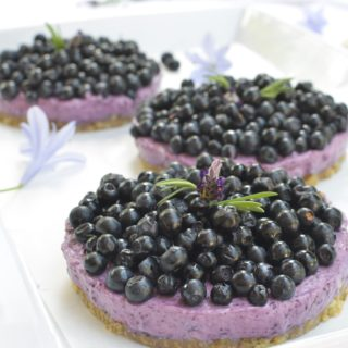 Raw Blueberry Tarts