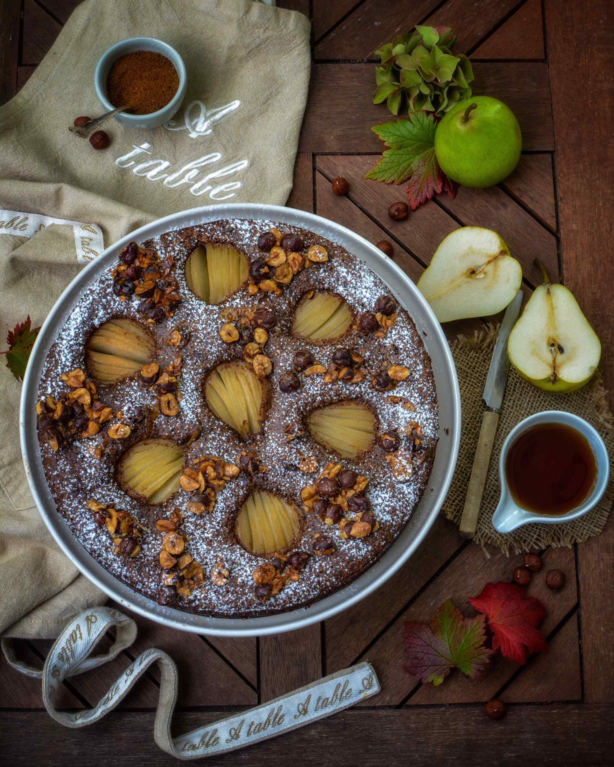Chocolate and pear cake with caramelized hazelnuts gluten free