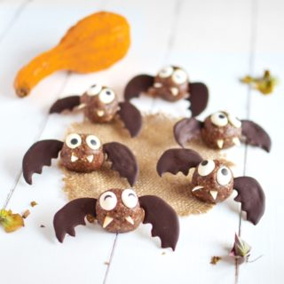 Halloween Bats Energy Balls (No-bake, Vegan)