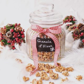 Winter Granola With Walnuts, Figs And Chia Seeds {Oil Free}